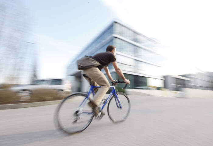 Cyclist on route to Brainlab headquarters