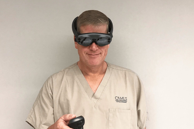 Prof. Bradley Strong, UC Davis Health, USA demonstrates Brainlab MR Viewer