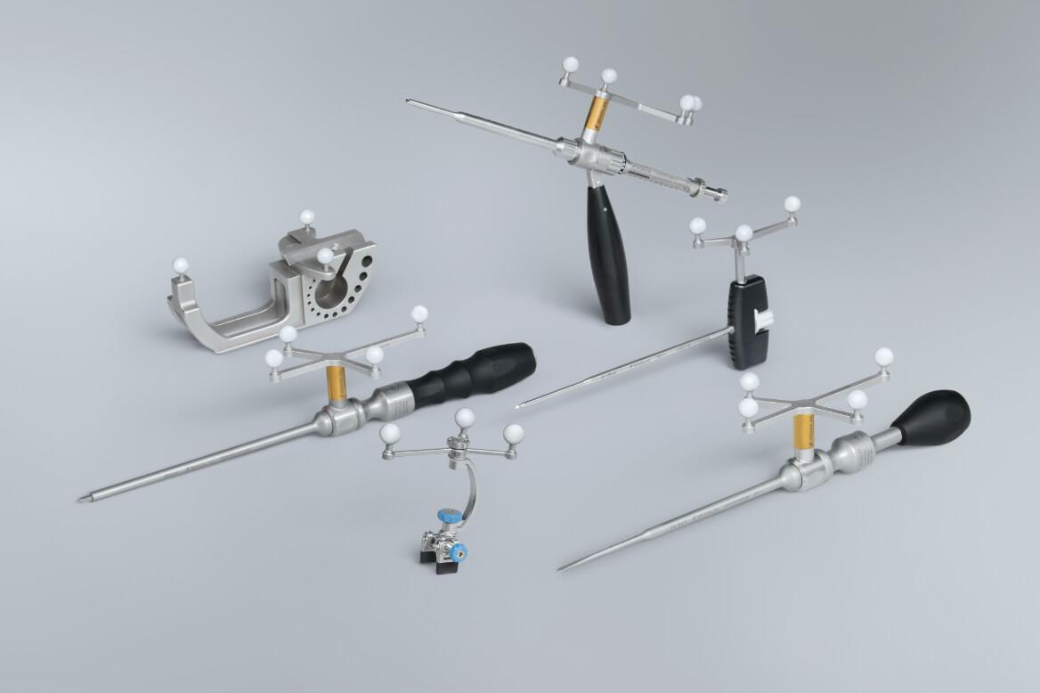 Brainlab Spine Navigation integra instrumentos en la cirugía de columna guiada por imágenes