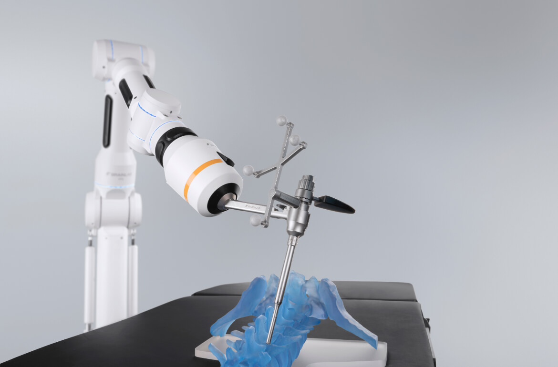 Bohrführung mit chirurgischem Roboterarm