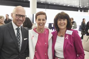 Brainlab Bewusstsein für Brustkrebs